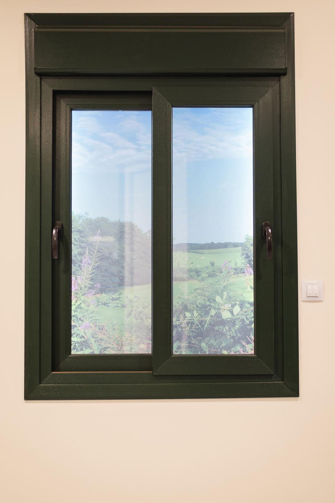 Ventanas de pvc mayfersur ventanas puertas ferreter a for Marcos de pvc para ventanas